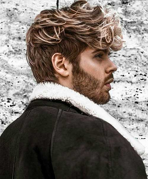 messy and textured cool hairstyle