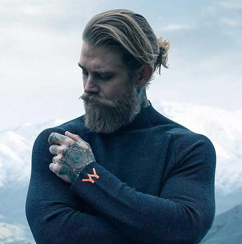 long men hairstyles man bun 4