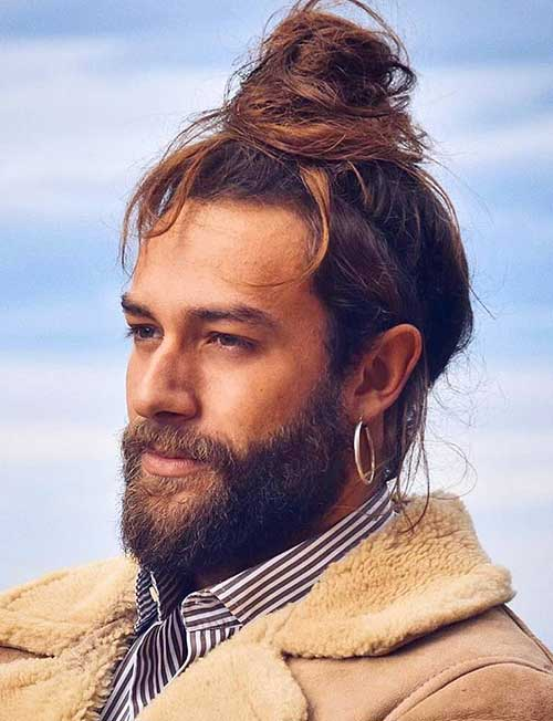 long men hairstyles top knot 5