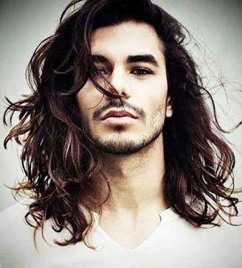 wavy long hairstyle for men 7