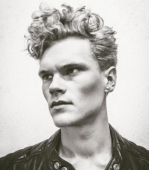 wavy hairstyles for men 108