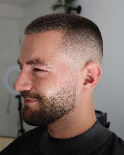 haircuts for men with round faces 23