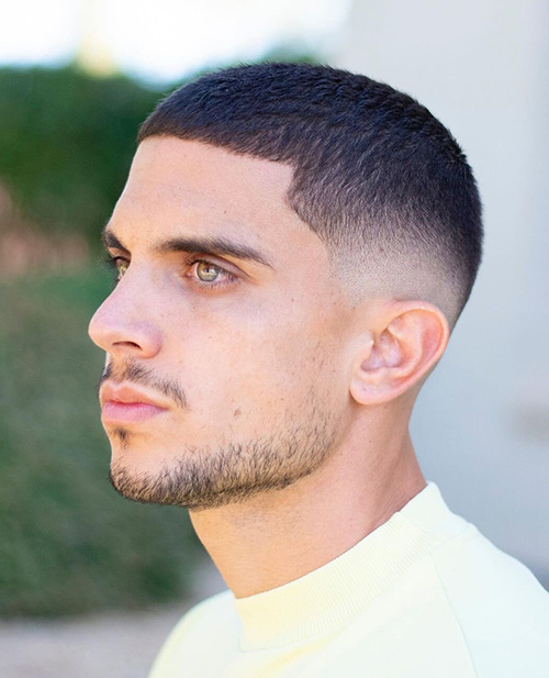 haircuts for men with round faces 34
