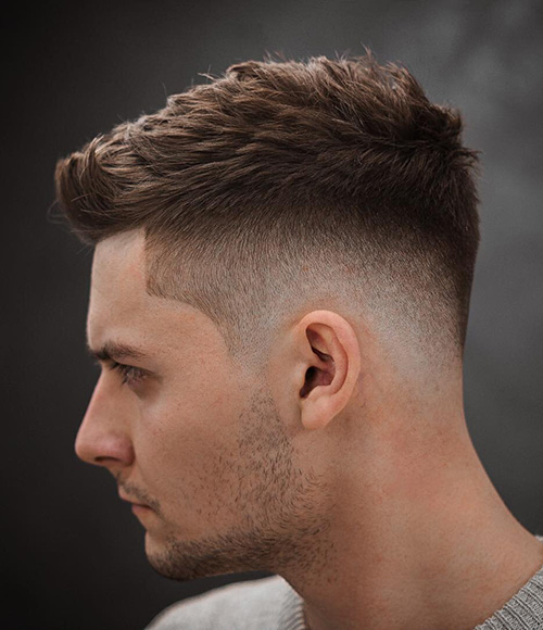 haircuts for men with round faces 39
