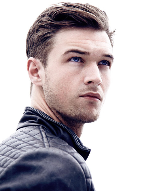 haircuts for men with round faces 76